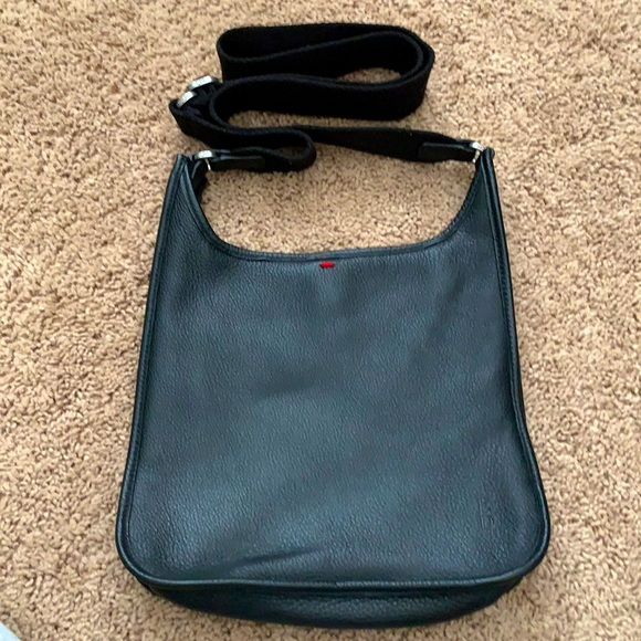 ED Ellen Degeneres black leather crossbody purse